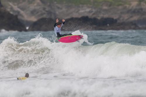 Local Newquay shredder Otis Perry boosting in Round 1